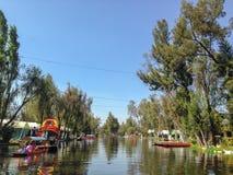 Каналы Xochimilco в Мехико стоковые фото