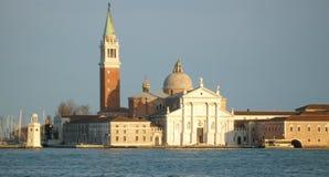 Канал Венеции грандиозный, Сан Giorgio Maggiore сидит поперек от аркады Сан Marco Стоковые Изображения RF