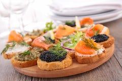 Канапе, еда шведского стола Стоковое Фото