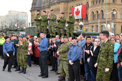 Канада удостаивает ветеранов которые служили в Афганистане Стоковые Изображения