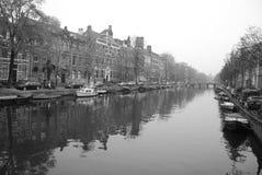 : Канал в Амстердаме Стоковые Изображения