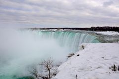 Канадец (, который замерли) Ниагарский Водопад Стоковое фото RF