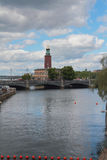 Канал и мост Стокгольм, Швеция Стоковое Изображение RF