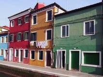 Канал и дома в Burano Стоковые Изображения RF