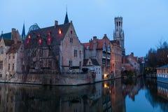 Канал и отражение в Брюгге, Бельгии Стоковая Фотография