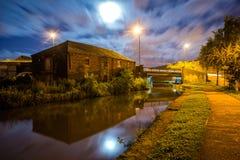 Канал на ноче Стоковая Фотография