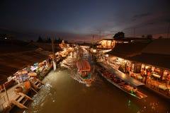 Канал рынка Amphawa, самая известная плавая рынка Стоковое Изображение