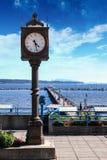 Канадский ориентир ориентир: Centennial часы в белом утесе, британцах Colum Стоковое фото RF