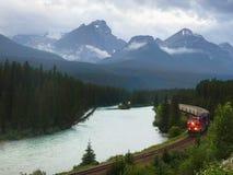 канадский Тихий океан поезд Стоковые Изображения