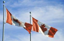 2 канадских флага Стоковая Фотография RF