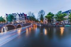 Канал Keizersgracht в Амстердаме, Нидерландах Стоковое фото RF