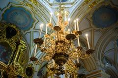 Канделябры для свечей церков стоковые фото