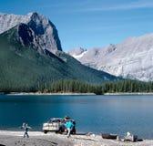 каникула горы озера семьи Канады Стоковое Изображение