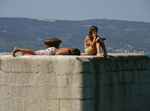 каникула лета конфликта предназначенная для подростков стоковое фото rf