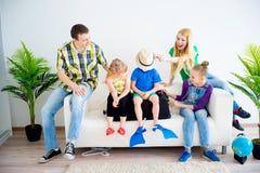 каникула семьи идя стоковые изображения rf