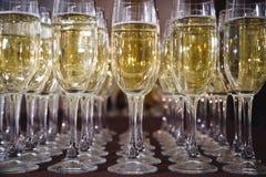 Каннелюры Шампани в празднике Стоковая Фотография RF