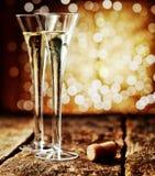 2 каннелюры романтичного шампанского Стоковые Фотографии RF