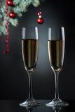 Каннелюры шампанского в установке праздника. Стоковые Фотографии RF