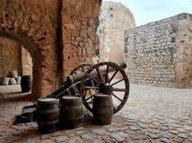 Канон на замке Dalt Vila Остров Ibiza стоковое изображение