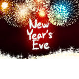 Кануна годовщины фейерверка торжества Новые Годы красного цвета партии Стоковое Изображение