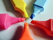 Канцелярские принадлежности - красочный highlighter пишет конец-вверх/макрос Стоковое Фото