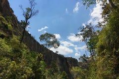 Каньон в национальном парке Isalo в Мадагаскаре Стоковые Изображения