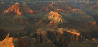 каньон красит грандиозный заход солнца Стоковое фото RF