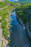 Каньон реки Moraca в Черногории Стоковое Изображение RF