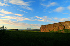 Каньон Asbyrgi на заходе солнца стоковая фотография rf