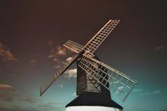 Канюк Buckinghamshire Великобритания Pitstone Wimdmill Ivinghoe Leighton Стоковое Изображение RF