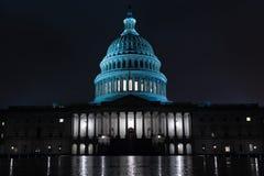 Капитолий Dc на ноче в Вашингтоне США стоковое фото