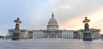 Капитолий США строя восточный фасад на заходе солнца, DC Вашингтона Стоковая Фотография