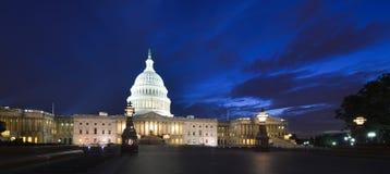 Капитолий США строя восточный фасад на ноче - мытье Стоковое фото RF