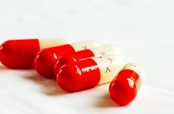 Капсула медицины на поле Стоковая Фотография RF