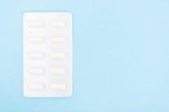 Капсулы os пилюлек в пакете волдыря Стоковое Фото