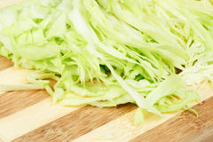 капуста доски режа отрезанный зеленый цвет Стоковое Изображение