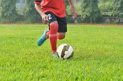 Капля человека шарик Стоковая Фотография