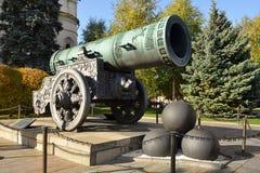 Карамболь 1586 царя, калибр 890 mm, веса около 40 тонн, длина 5,34 m стоковое изображение rf