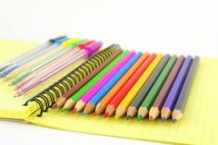 карандаши пер цвета Стоковые Фото