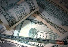 Карандаш сделанный рециркулированного u S абстрактный доллар кредиток предпосылки финансовохозяйственный Стоковое Изображение RF