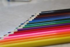 Карандаш-цвет ваша жизнь что он стало ярке стоковые фотографии rf