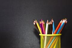 карандаши предпосылки черные Стоковая Фотография