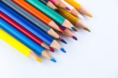 Карандаши цвета изолированные на белом конце предпосылки вверх Стоковое Изображение RF