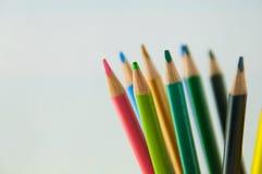 Карандаши цвета изолированные на белом конце предпосылки вверх Стоковое Изображение