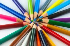 Карандаши цвета изолированные на белом конце предпосылки вверх Стоковое фото RF