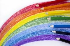 Карандаши цвета на белой бумаге Стоковое Изображение RF