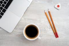 2 карандаш, ластик и кофе Стоковая Фотография