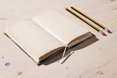 карандаш тетради открытый Стоковое Изображение RF
