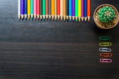 Карандаш цвета на столе Стоковая Фотография