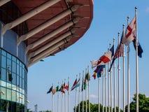 КАРДИФФ, УЭЛЬС - 8-ОЕ ИЮНЯ: Стадион тысячелетия на оружиях Кардиффа стоковое фото